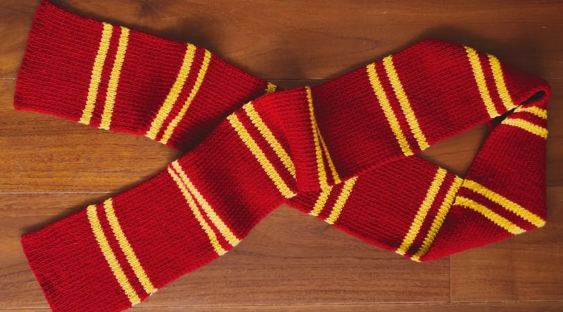 Harry Potter scarf, free pattern from Sheep & Stitch