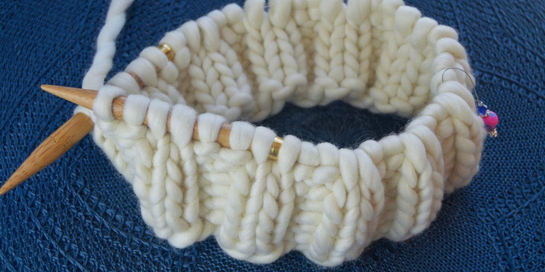 white bulky yarn on circular knitting needles