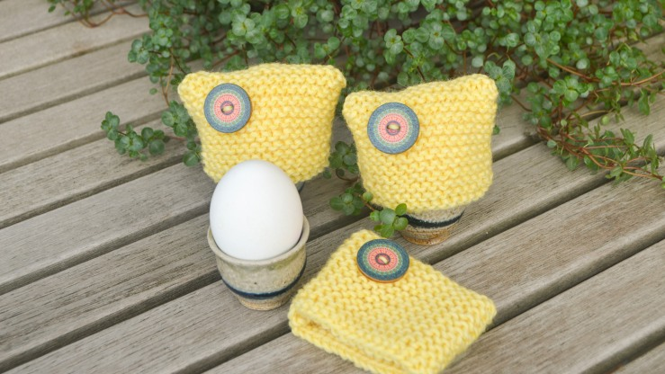 three-knitted-egg-warmers